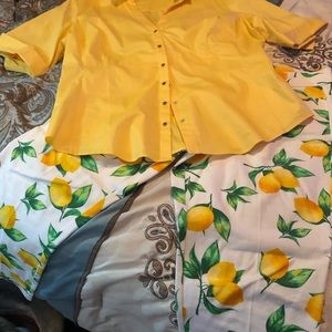 New York & company XL yellow top